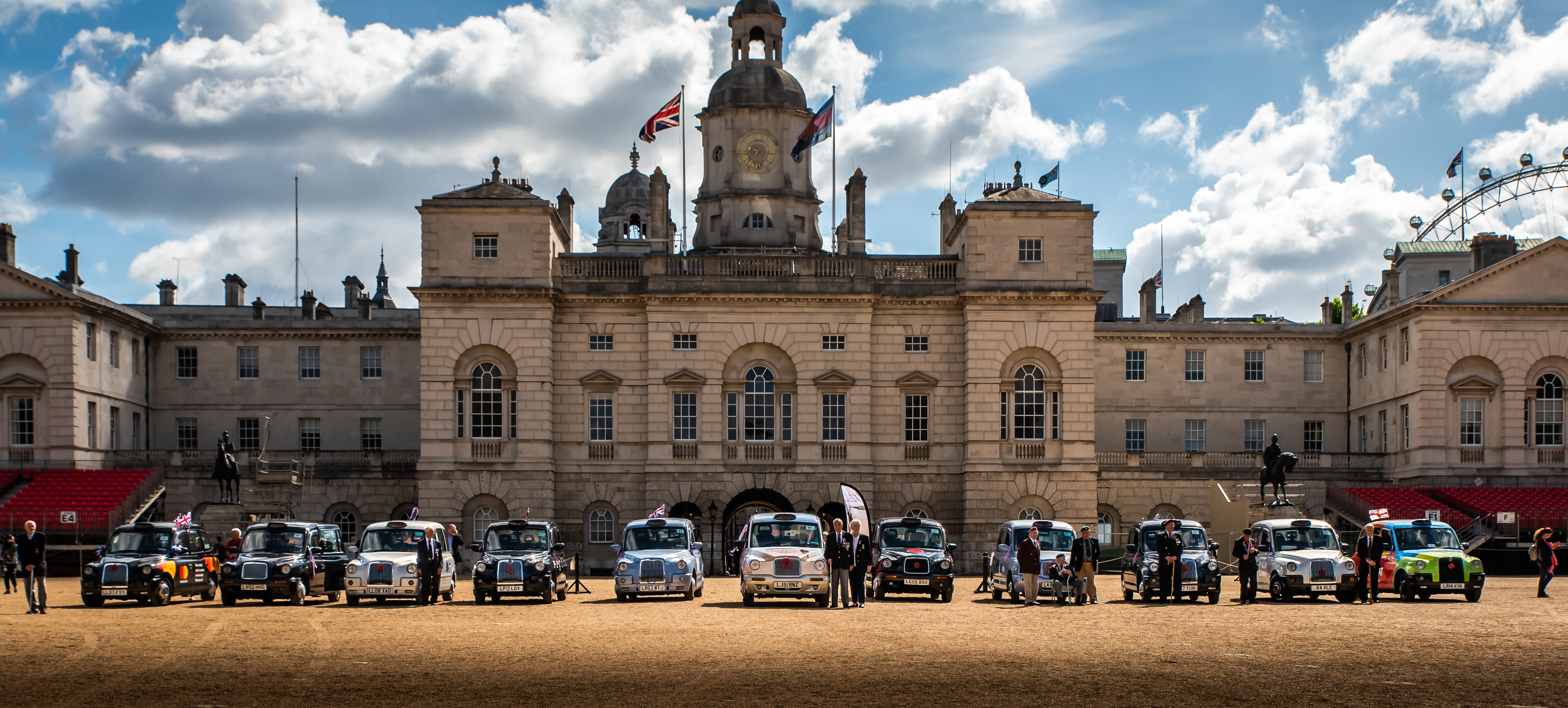 taxis_at_horse_guards
